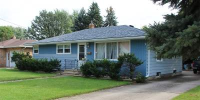Menasha Single Family Home Active-Offer No Bump: 821 Harding