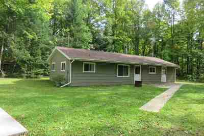 Oconto County Single Family Home Active-No Offer: 17385 Wildflower