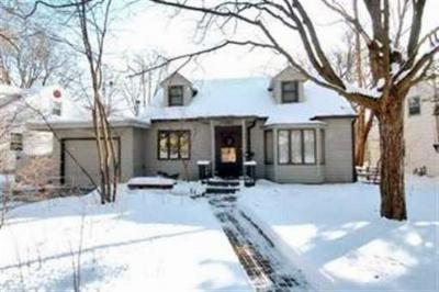 Madison WI Single Family Home For Sale: $304,900