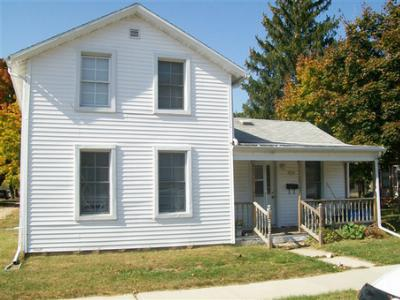 Single Family Home Sold: 902 Cass St