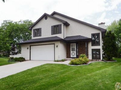 Middleton WI Single Family Home Sold: $325,000