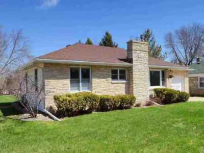 Waunakee WI Single Family Home SOLD: $174,900