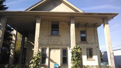 Sauk County Multi Family Home For Sale: 223 Lynn St