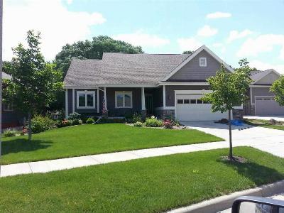Cambridge Single Family Home For Sale: 611 Wheatland Dr