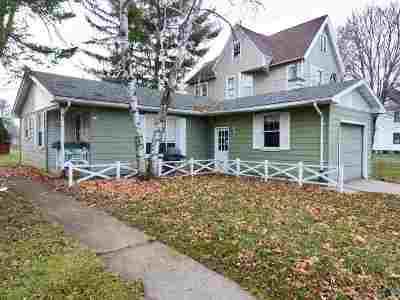 Prairie Du Sac Single Family Home For Sale: 275 Broadway St