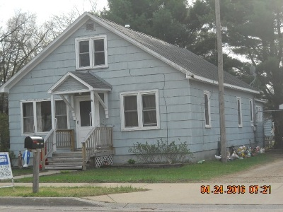 Adams WI Single Family Home For Sale: $53,900