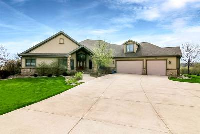 Middleton Single Family Home For Sale: 4854 Triple Crown Ct