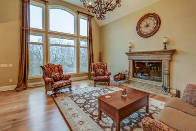 Waunakee Single Family Home For Sale: 1400 Eldorado Ct