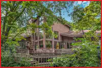 Jefferson County Single Family Home For Sale: N6590 Shorewood Hills Rd