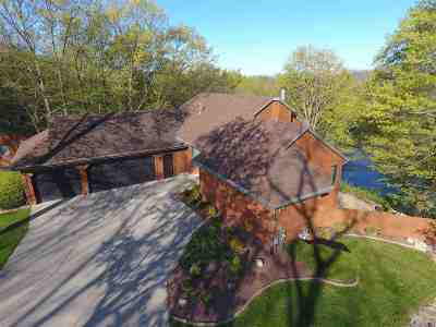 Edgerton Single Family Home For Sale: 9445/9433 N Arrowhead Shores Rd