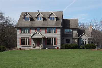 Janesville Single Family Home For Sale: 2801 W Deer Path Trail