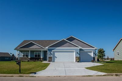 Janesville Single Family Home For Sale: 538 Rimrock Rd