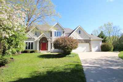 Madison Single Family Home For Sale: 9 Deer Hollow Ct