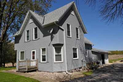 Dodge County Single Family Home For Sale: W4074 Hwy 33