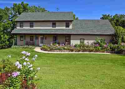 Iowa County Single Family Home For Sale: 4100 James Rd