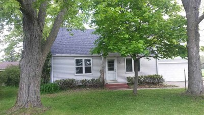 Janesville WI Single Family Home For Sale: $157,000
