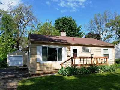 Monona Single Family Home For Sale: 4605 Gordon Ave