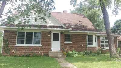 Cross Plains Single Family Home For Sale: 2607 Eller St