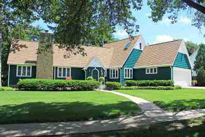 Madison Single Family Home For Sale: 4185 Nakoma Rd