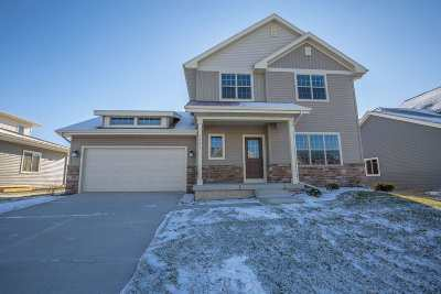 Middleton Single Family Home For Sale: 9905 Autumn Breeze Rd