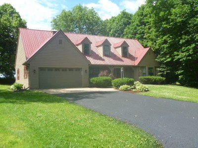 Deforest Single Family Home For Sale: 629 Hanks Hollow Tr