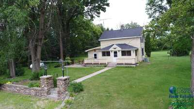 Friendship WI Single Family Home For Sale: $200,000