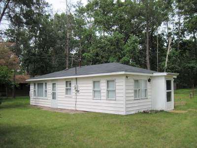 Friendship WI Single Family Home For Sale: $59,000