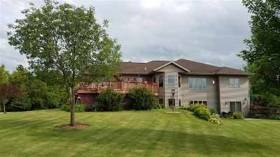 Prairie Du Sac Single Family Home For Sale: W14012 Crestview Dr