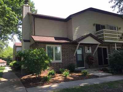 Condo/Townhouse Sold: 415 Roby Rd