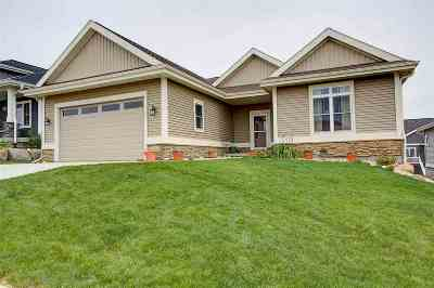 Waunakee Single Family Home For Sale: 2616 Dublin Way