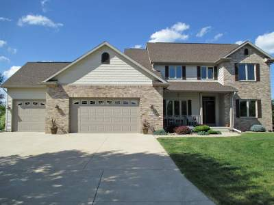 Sun Prairie Single Family Home For Sale: 2140 Corinth Dr