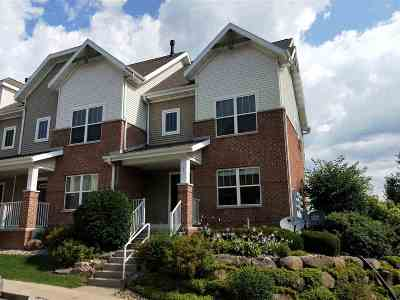 Middleton Condo/Townhouse For Sale: 721 Cricket Ln #1