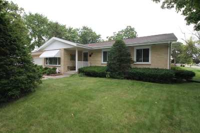 Milton Single Family Home For Sale: 1063 W Sunset Dr