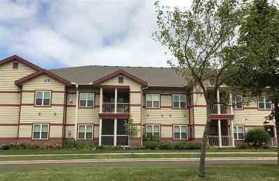 Sun Prairie Condo/Townhouse For Sale: 1300 School St #203