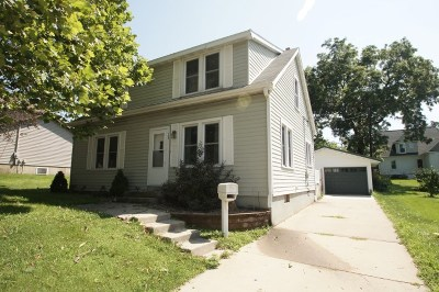 Dodgeville Single Family Home For Sale: 709 N Bequette St