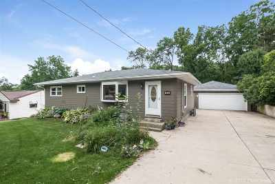 Monona Single Family Home For Sale: 1402 Baskerville Ave