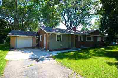 Sun Prairie Single Family Home For Sale: 1109 Chicory Way