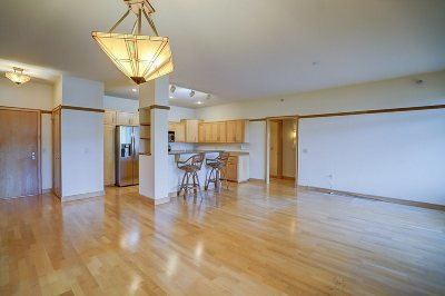 Middleton Condo/Townhouse For Sale: 6767 Frank Lloyd Wright Ave #319