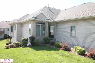 Janesville Condo/Townhouse For Sale: 4312 W Rotamer Ct