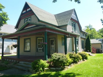 Milton Multi Family Home For Sale: 24 2nd St