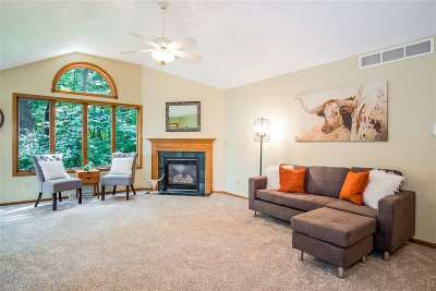 Marshall Single Family Home For Sale: 297 Maple Heights Rd