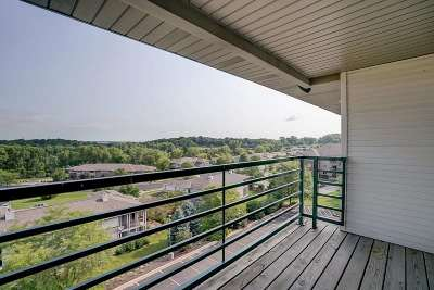 Verona Condo/Townhouse For Sale: 102 Prairie Heights Dr #410