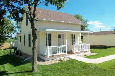 Mount Horeb Single Family Home For Sale: 1064 Hwy 78