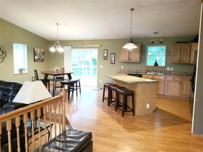 Jefferson Single Family Home For Sale: 864 Leah Ct