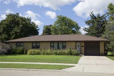 Sun Prairie Single Family Home For Sale: 814 Davis St
