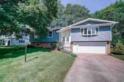 Middleton Single Family Home For Sale: 3618 Rolling Hill Dr