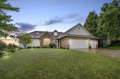 Waunakee Single Family Home For Sale: 1806 Newmarket Mews