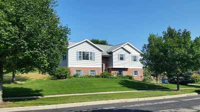 Mount Horeb Single Family Home For Sale: 116 Robyn Ridge