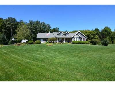 Waunakee Single Family Home For Sale: 5657 Dahmen Dr