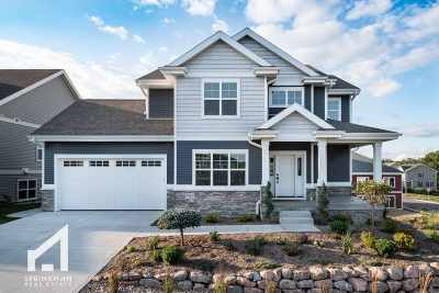 Verona Single Family Home For Sale: 8910 Pine Hollow Pl
